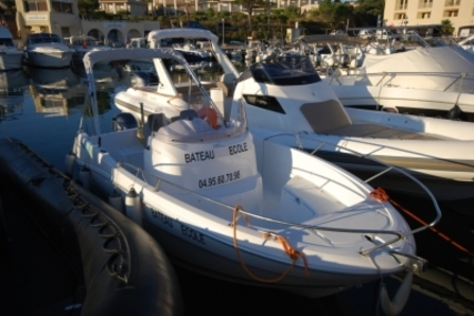 Jeanneau Cap Camarat 6.5 CC for sale in France for €29,900 (£26,695)