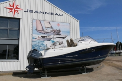 Jeanneau Cap Camarat 8.5 WA for sale in France for €76,000 (£67,854)