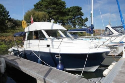Beneteau Antares 9 Fly for sale in United Kingdom for £47,995