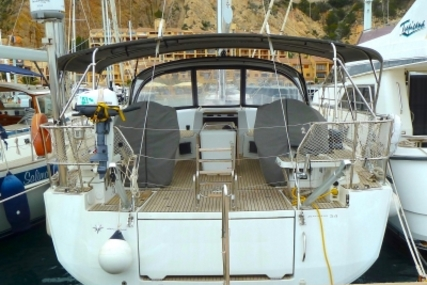 Jeanneau 54 for sale in Spain for €488,000 (£428,536)