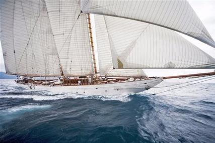Camper & Nicholsons 162 Schooner for sale in Italy for €13,200,000 (£11,785,083)