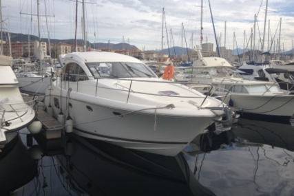 Prestige 390 S for sale in France for €190,000 (£168,212)