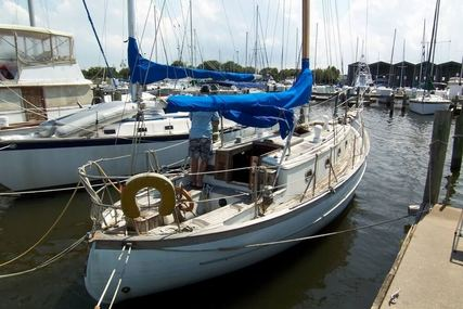 Ta Chiao 34 Fiberglass Cutter Rig Sloop for sale in United States of America for $16,000 (£11,408)