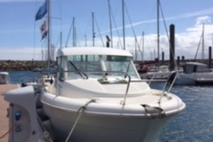 Jeanneau Merry Fisher 655 for sale in France for €21,900 (£19,406)