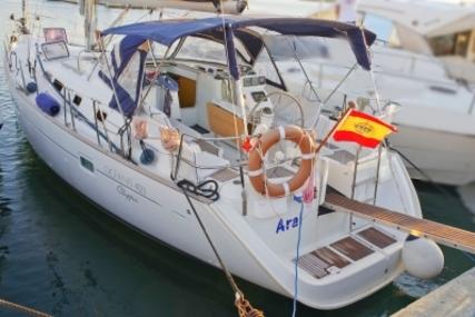 Beneteau Oceanis 423 for sale in Spain for €89,000 (£79,380)