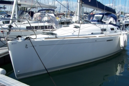 Beneteau First 36.7 for sale in France for €56,000 (£49,295)