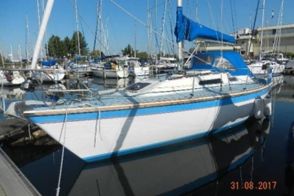 WESTERLY YACHTS WESTERLY 33 STORM for sale in United Kingdom for £28,950