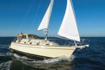 Island Packet 41 SP Cruiser for sale in United Kingdom for £229,950
