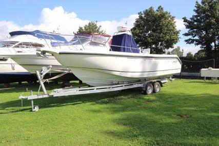 Boston Whaler 26 Outrage for sale in United Kingdom for £28,500