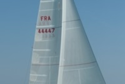 Beneteau First 36.7 for sale in France for €65,000 (£57,131)