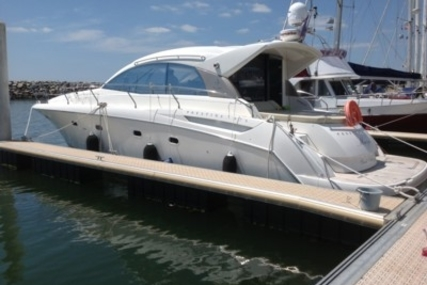 Prestige 42 S for sale in France for €215,000 (£191,733)
