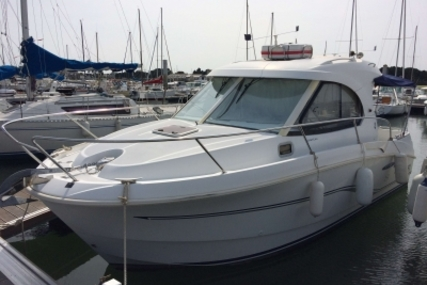 Beneteau Antares 8 for sale in France for €42,900 (£37,726)