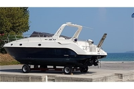 Manò Marine MANO 28.50 for sale in Italy for €59,000 (£52,877)