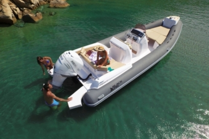 Nuova Jolly Blackfin 8 Elegance for sale in France for €72,500 (£63,828)