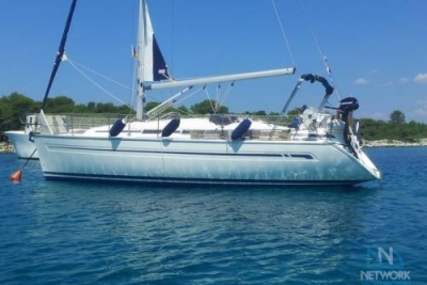 Bavaria 32 for sale in Greece for €36,950 (£32,963)