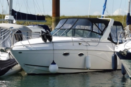 Rinker Fiesta Vee 270 for sale in United Kingdom for £24,995