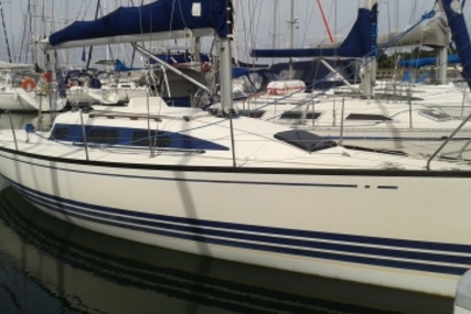 X-Yachts X-302 for sale in France for €42,000 (£37,145)