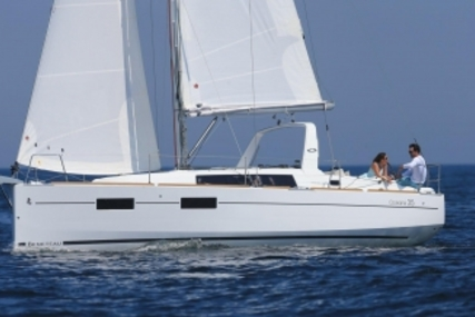 Beneteau Oceanis 35 for sale in Ireland for €129,900 (£115,843)