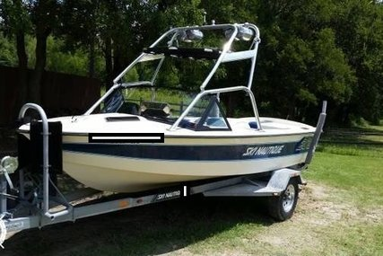 Correct Craft Ski Nautique 2001 for sale in United States of America for $16,000 (£11,455)