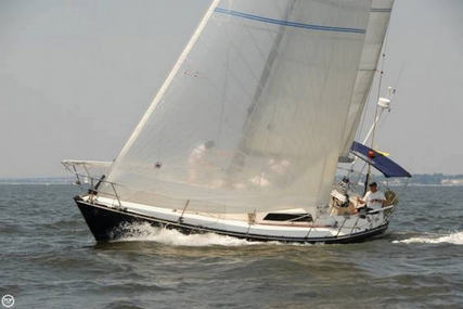 C & C Yachts 35 MK III for sale in United States of America for $49,995 (£37,882)