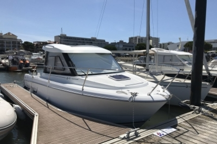 Jeanneau Merry Fisher 645 for sale in France for €27,000 (£23,814)