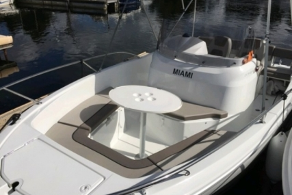 Jeanneau Cap Camarat 6.5 CC for sale in France for €32,900 (£28,808)
