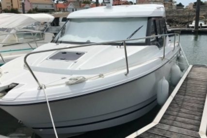 Jeanneau Merry Fisher 795 for sale in France for €60,000 (£53,773)