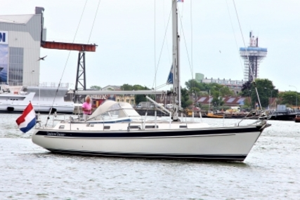 Hallberg-Rassy 39 for sale in Netherlands for €209,000 (£186,437)