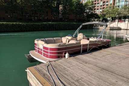 Sweetwater SWPE 220 WB3 for sale in United States of America for $40,000 (£30,264)