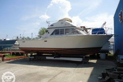 Chris-Craft 30 Tournament Fisherman for sale in United States of America for $12,500 (£9,412)
