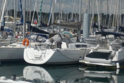 Jeanneau Sun Odyssey 33i Lifting Keel for sale in France for €71,000 (£62,312)