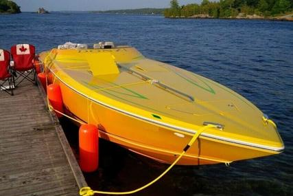 Donzi 38 ZR for sale in Canada for $148,900 (£112,658)