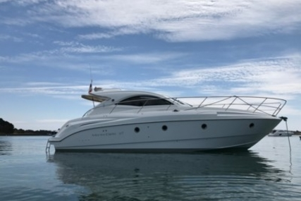 Beneteau Monte Carlo 37 Hard Top for sale in France for €148,000 (£132,023)