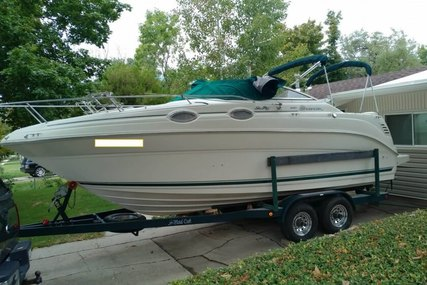 Sea Ray 240 Sundancer for sale in United States of America for $23,500 (£16,822)