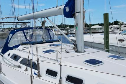 Catalina 380 for sale in United States of America for $89,900 (£67,689)