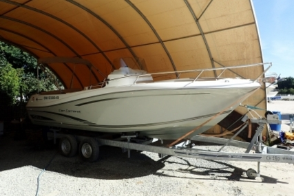 Jeanneau Cap Camarat 7.5 Cc for sale in France for €32,000 (£28,547)