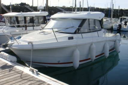 Beneteau Antares 7.80 for sale in France for €42,000 (£37,498)