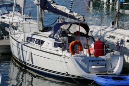 Jeanneau Sun Odyssey 30 I Lifting Keel for sale in France for €48,000 (£42,356)