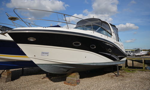 Image of Viper 303 for sale in United Kingdom for £79,950 Boats.co. HQ, Essex Marina, United Kingdom