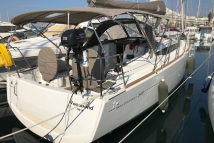 Jeanneau Sun Odyssey 349 for sale in France for €110,000 (£98,110)