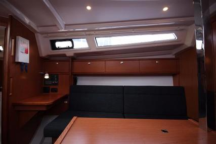 Bavaria Yachts Cruiser 33 for sale in United Kingdom for £77,500