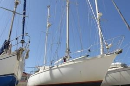 Amel Mango for sale in Greece for €139,000 (£123,060)