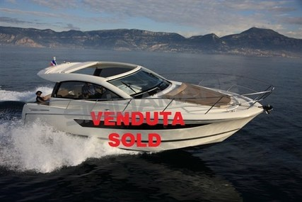 Jeanneau Leader 10 for sale in Italy for €125,000 (£109,567)
