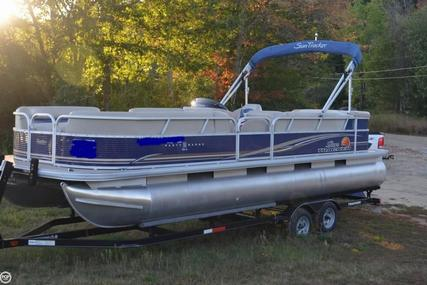 Sun Tracker Party Barge 24 DLX Signature for sale in United States of America for $24,499 (£17,789)