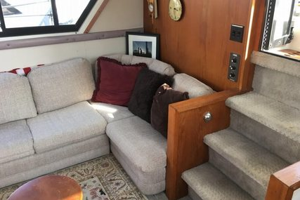 Carver Yachts 3807 AC for sale in United States of America for $43,900 (£35,754)