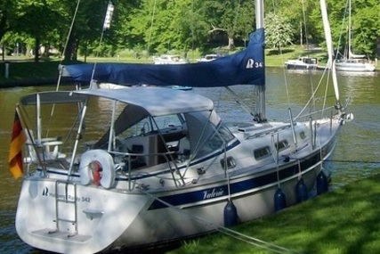 Hallberg-Rassy 342 for sale in Netherlands for €168,000 (£146,109)