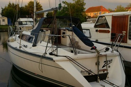 Jeanneau Sun Dream 28 for sale in Netherlands for €19,950 (£17,794)
