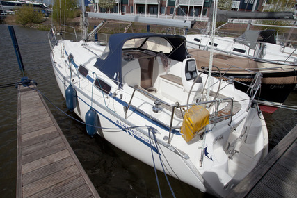 Bavaria Yachts 30 Cruiser for sale in Netherlands for €39,950 (£35,891)