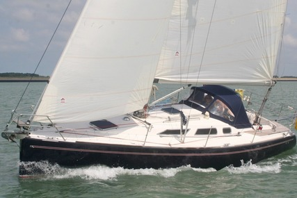 Maxi 1050 for sale in Netherlands for €95,000 (£84,155)