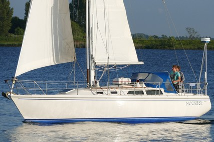 Catalina 36 for sale in Netherlands for €49,500 (£43,778)